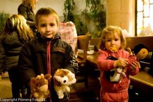 Primera entrega de juguetes de la campaña de recogida para la Fundación Madrina